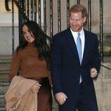 El Príncipe Harry y Meghan Markle reaparecen tras su descanso de 6 semanas