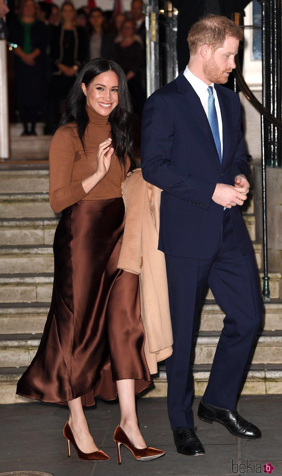 El Príncipe Harry y Meghan Markle tras su salida de la Casa de Canadá en Londres