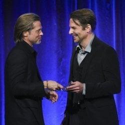 Brad Pitt con Bradley Cooper en los Premios National Board of Review 2020