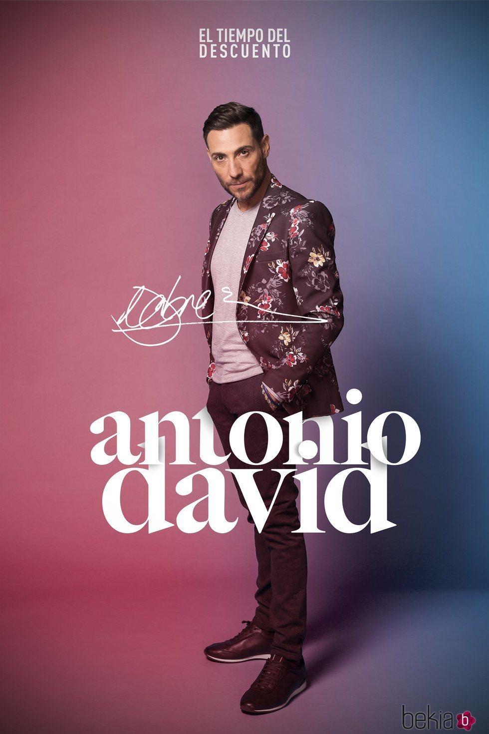 Antonio David Flores en la fotografía oficial de 'El tiempo del descuento'