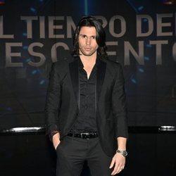 Luca Onestini en la gala de estreno de 'El tiempo del descuento'