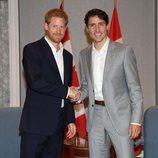 El Príncipe Harry y Justin Trudeau