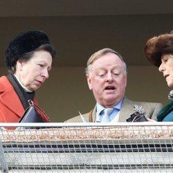 La Princesa Ana, Andrew Parker Bowles y Camilla Parker Bowles
