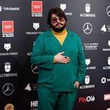 Brays Efe en la alfombra roja de los Premios Feroz 2020