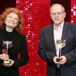 Julia y Emilio Gutiérrez Caba recibiendo su Premio Feroz de Honor 2020