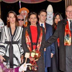 Alberto de Mónaco, Estefanía de Mónaco, Louis Ducruet, Marie Chevallier y Pauline Ducruet en el Festival de Circo de Monte-Carlo 2020