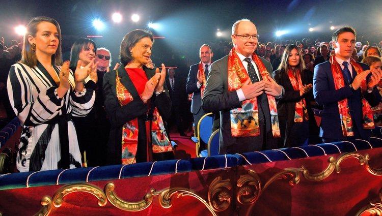 Alberto de Mónaco, Estefanía de Mónaco, Pauline Ducruet, Louis Ducruet y Marie Chevallier en el Festival de Circo de Monte-Carlo 2020
