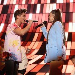 Nicky y Eva cantando 'Little Talks' en la gala 1 de OT 2020
