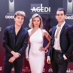 Carlos Marco, Paula Pérez y Charly Weinberg en los Premios Odeón 2020