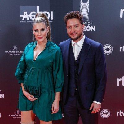 Almudena Navalón y Manuel Carrasco en los Premios Odeón 2020