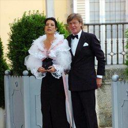Carolina de Mónaco y Ernesto de Hannover en la cena de gala previa a la boda de los Reyes Felipe y Letizia