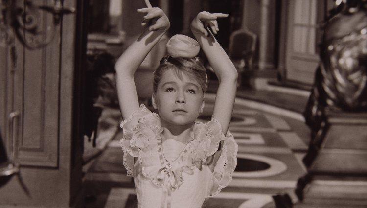 Marisol en su primera película, 'Un rayo de luz' (1960)