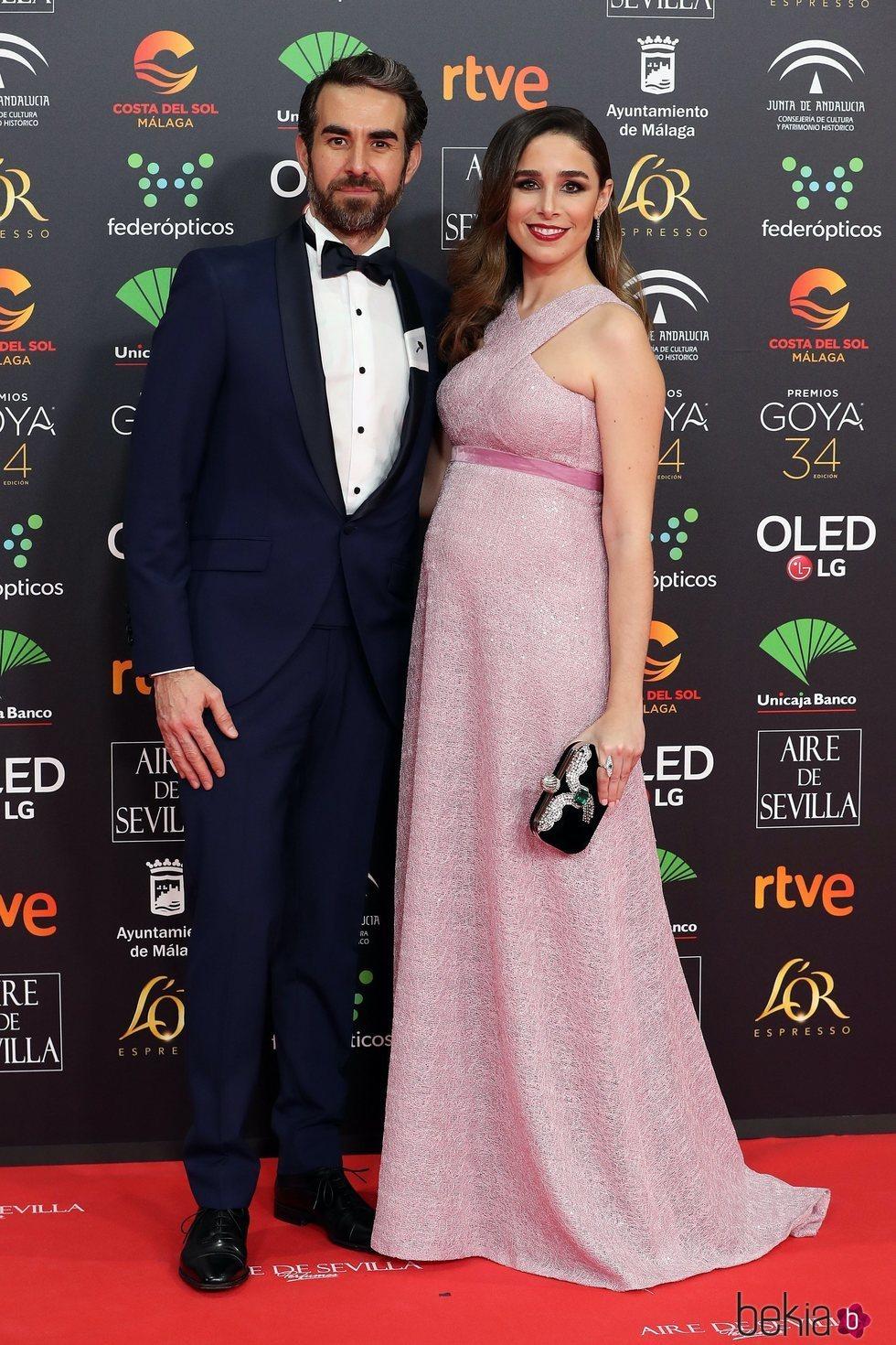 Daniel Muriel y Candela Serrat en la alfombra roja de los Goya 2020