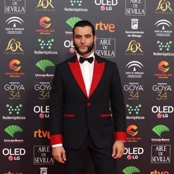 Antonio Velázquez en la alfombra roja de los Goya 2020