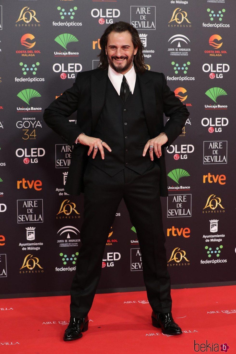 Asier Etxeandía en la alfombra roja de los Goya 2020