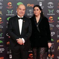 Antonio Resines y Ana Pérez Lorente en la alfombra roja de los Goya 2020