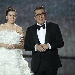 Silvia Abril y Andreu Buenafuente presentando la gala de los Goya 2020