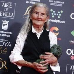 Benedicta Sánchez con su Goya a Mejor Actriz Revelación