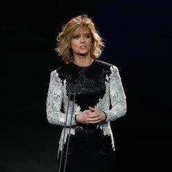María Casado sobre el escenario de la gala de los Goya 2020