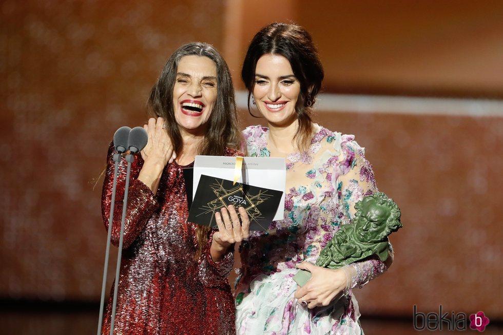 Ángela Molina y Penélope Cruz en los Goya 2020