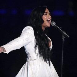 Demi Lovato durante su actuación en los Premios Grammy 2020