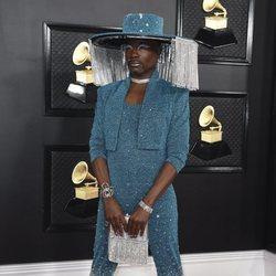 Billy Porter en la alfombra roja de los Premios Grammy 2020