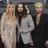 Heidi Klum, Tom Kaulitz y Bill Kaulitz en la alfombra roja de los Premios Grammy 2020