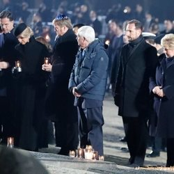 Guillermo Alejandro y Máxima de Holanda y Haakon de Noruega en el 75 aniversario de la liberación de Auschwitz-Birkenau