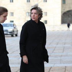 Simoneta Gómez-Acebo en el funeral de la Infanta Pilar en El Escorial