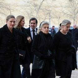 Beatriz de Orleans en el funeral de la Infanta Pilar en El Escorial