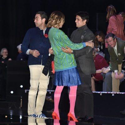 Ágatha Ruiz de la Prada saludando a Fran Rivera en SIMOF 2020