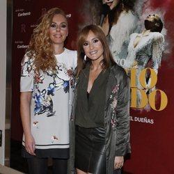 Rocío Carrasco y Anabel Dueñas en la presentación de 'Que no daria yo por ser Rocio Jurado'