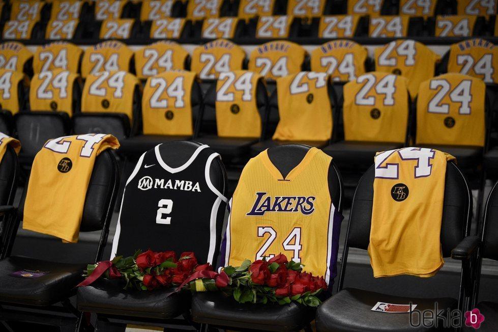 Homenaje a Kobe Bryant en el Staples Center de Los Ángeles