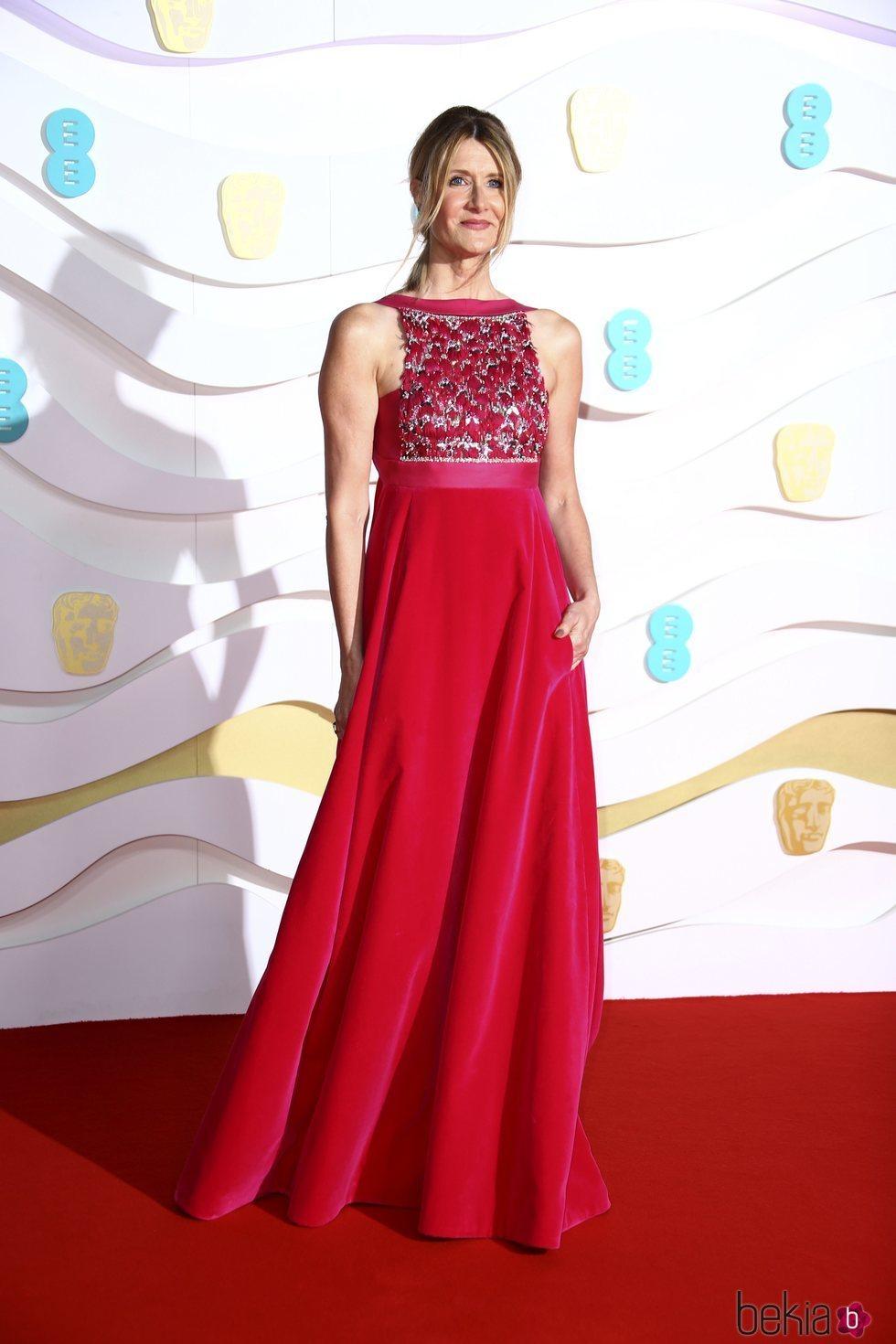 Laura Dern en la alfombra roja de los Premios BAFTA 2020