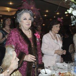 Elena Kirby Bagration junto a Carmen Franco en la boda de los Príncipes David y Ana Bagration