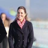 Kate Middleton durante su visita al puerto de Gales