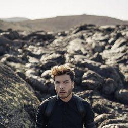 Blas Cantó en una foto promocional de 'Universo'