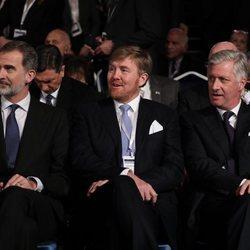 El Rey Felipe, Guillermo Alejandro de Holanda y Felipe de Bélgica en el World Holocaust Forum