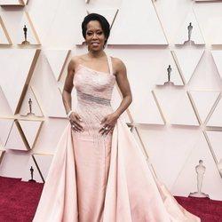 Regina King en la alfombra de los Oscar 2020