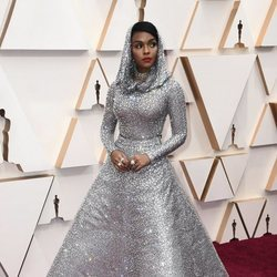 Janelle Monae en la alfombra de los Oscar 2020
