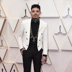 Anthony Ramos en la alfombra de los Oscar 2020