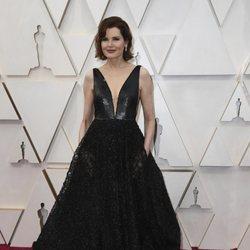Geena Davis en la alfombra de los Oscar 2020