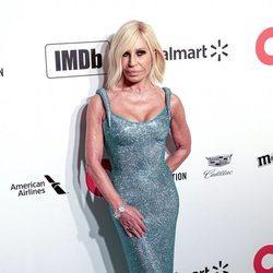 Donatella Versace en la fiesta organizada por Elton John tras los Oscar 2020