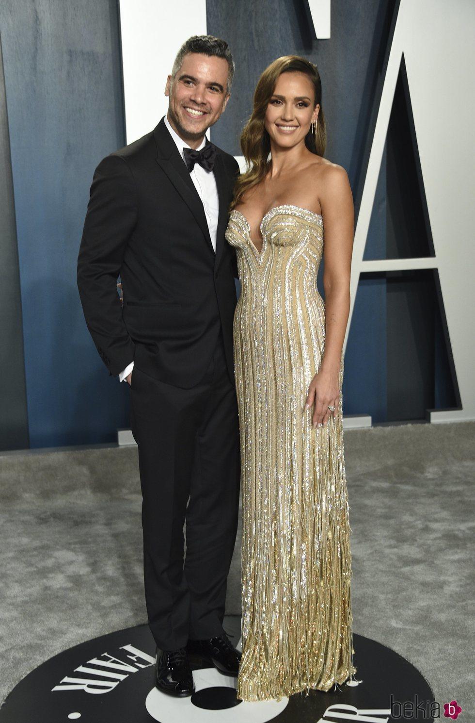 Jessica Alba y Cash Warren en la fiesta de Vanity Fair tras los Oscar 2020