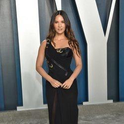 Olivia Munn en la fiesta de Vanity Fair tras los Oscar 2020