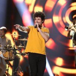 Miki Núñez durante su actuación como invitado en la Gala 4 de 'OT 2020'