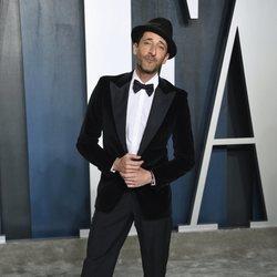Adrien Brody en la fiesta de Vanity Fair tras los Oscar 2020