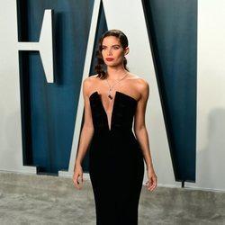 Sara Sampaio en la fiesta de Vanity Fair tras los Oscar 2020