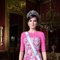 Retrato oficial de gala de la Reina Letizia