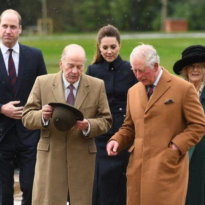 El Príncipe Carlos, Camilla Parker, el Príncipe Guillermo y Kate Middleton en Leicestershire